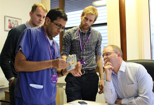 Before surgery, valuable discussions take place at the 3D printing hub