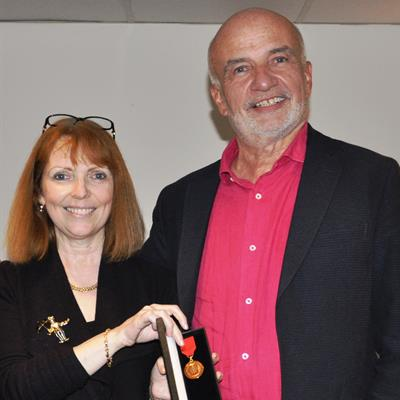 Dr. Jane Phillips-Hughes and Gunter Dombrowe