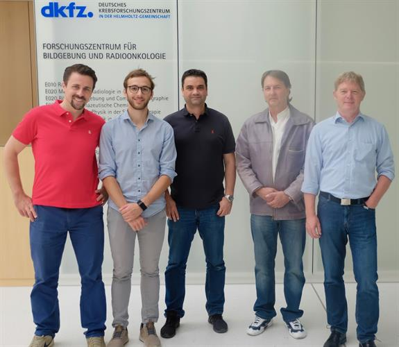 The researchers: Paulo Martins, Riccardo Dal Bello, and Joao Seco from the German Cancer Research Center; Thomas Kihm and German Hermann from the Max Planck Institute for Nuclear Physics